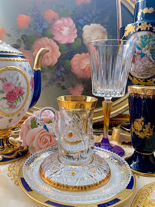 ♥ ~ ~ ♥ Anne Antiquities crazy French-made crystal carved design 24k gold with crystal mugs ~ new inventory, Mother's Day gift, Curie Shoppes