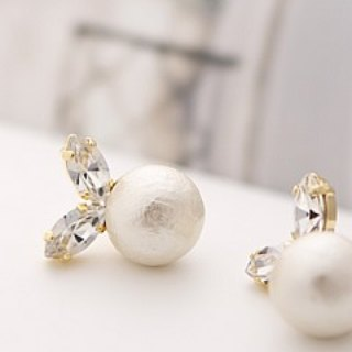 [JewCas] Cotton Pearl Earring / JC2095