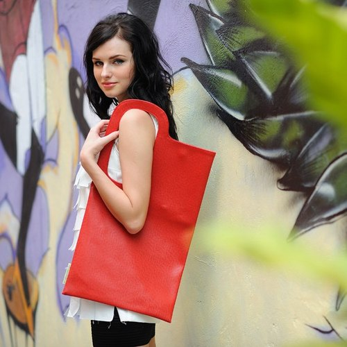 The new A4 geometric squares Bags :: red ::