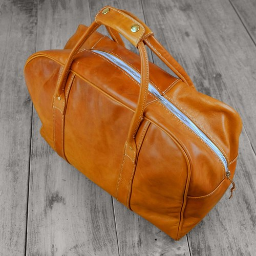 Hand vegetable-tanned cowhide hand bag