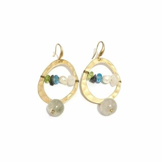 Dangling Earrings With Natural Stone
