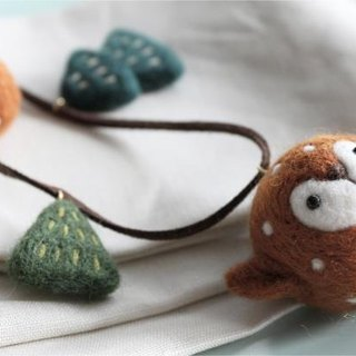 Magic forest - deer and trees wool felt necklace