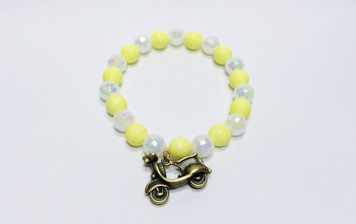 Golden-based motorcycle retro Charm
