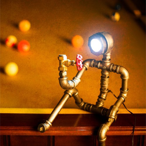 Carpenter [Mania] retro loft valve industry study decorative style wine cafe table lamp LED lamp robot