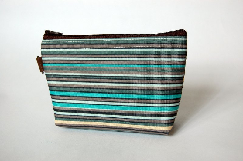 Casual-life hand-made fashion striped cosmetic bag
