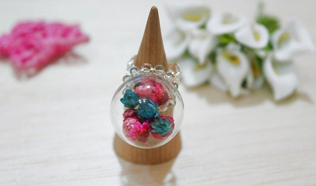 * Floral Dream * - Creative Glass Ball Ring -