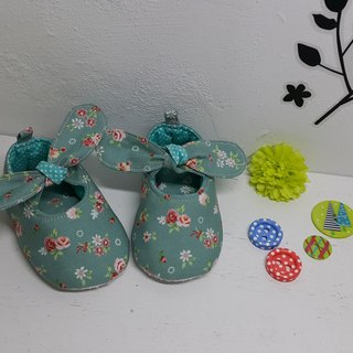 Lake water green rose garden baby shoes handmade shoes