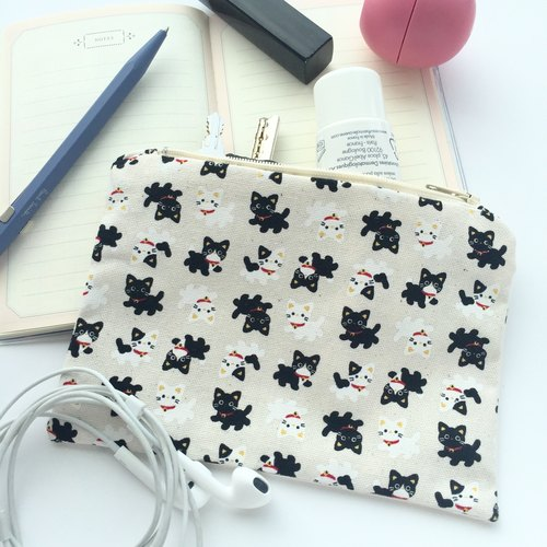 EP03 - Small everyday pouch with zipper