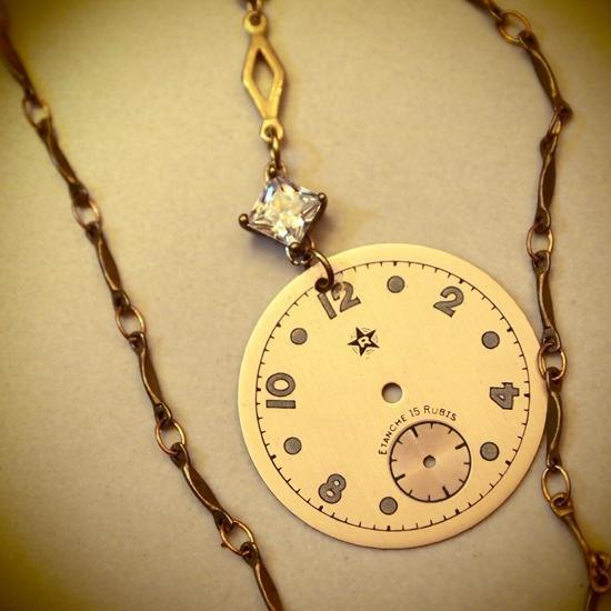 Miss Steampunk- elegant antique wind / brass zircon