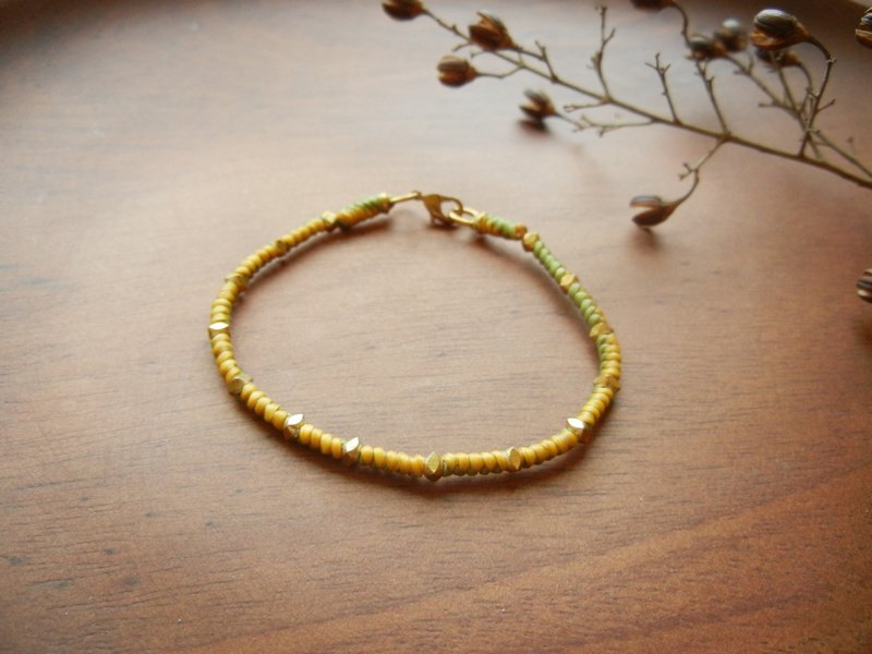 *coucoubird*silk woven wax wire bracelet color - yellow and green