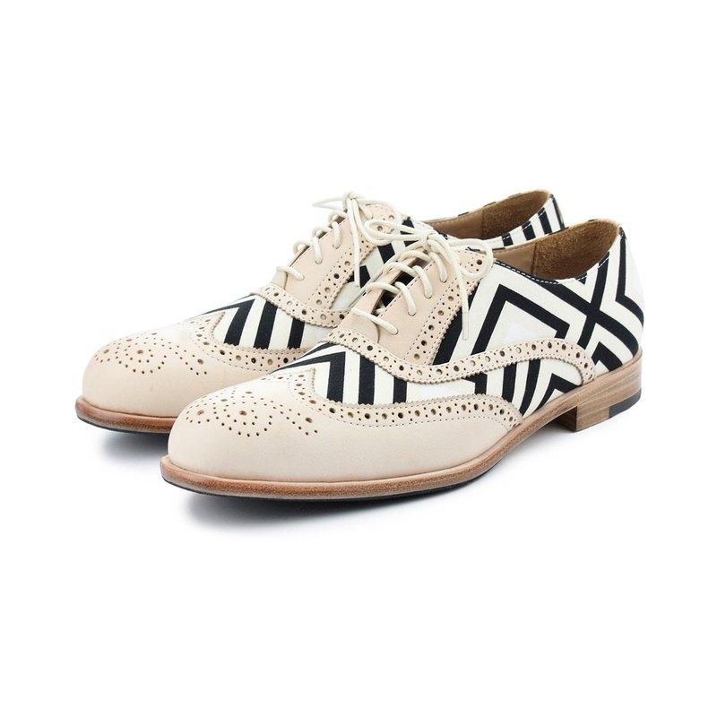 Sweet Villians M1150 手工真皮雕花線條幾何男牛津鞋 白色