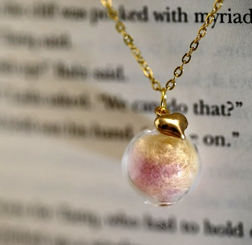[Littlest Things] Be my valentine handmade pink glass ball necklace