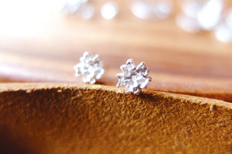 [SES] 999 sterling silver earrings - Gypsophila paniculata Gypsophila flowers small pieces