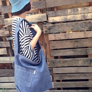 Diagonal pocket / canvas bag / side back / ramp / dual-use package / stone wash dark blue