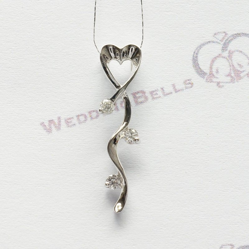 PT950 Platinum Diamond Ribbon Shaped Pendant / Heart (Free Shipping)