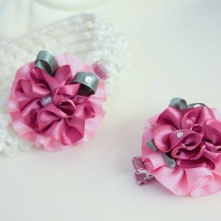 Romantic and elegant lotus leaf flower clip