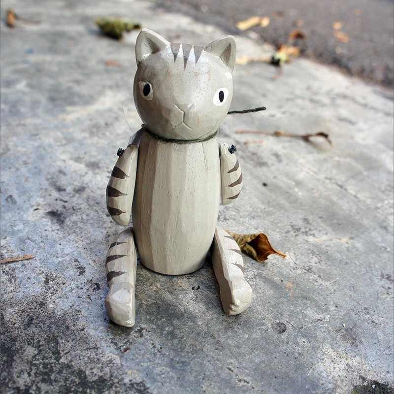} Road kitten small things _ _ wooden doll movable joints