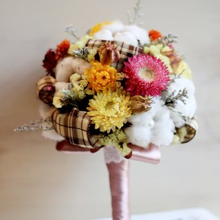 Hand-tied bouquet of natural materials [series] holding yellow cotton