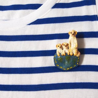 Pocket Meerkat family handmade brooch