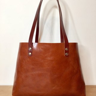 MEDIUM SIZED TOTE
