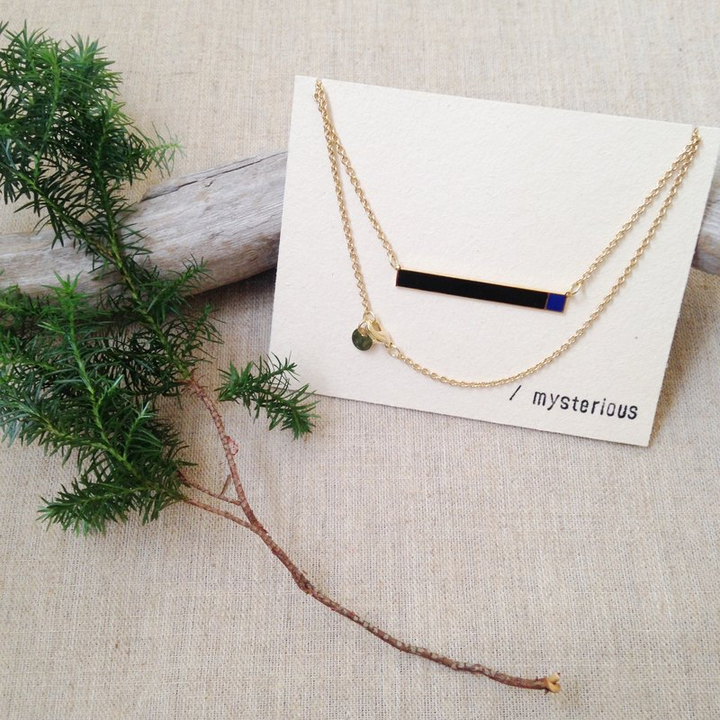 RH ACC / mysterious black x blue handmade necklace