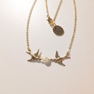 ♥ ░--Hope Swallows--pearl necklace ♥ ░