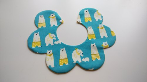 Polar bears flowers Bibs