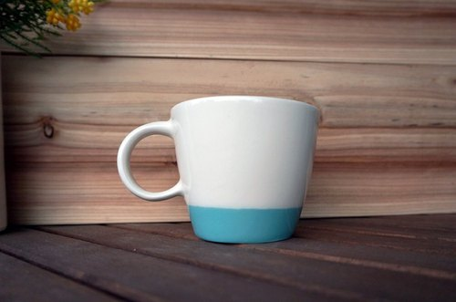 Add a little color series mugs