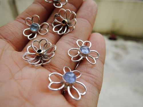 Flowers are a good start natural stones Silver earrings ear pin