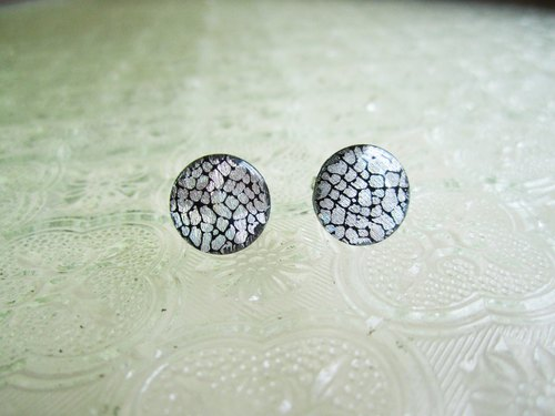 〆 Silver pin earrings _ sedimentary fault