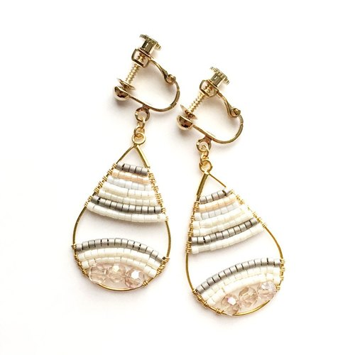 Border drop earrings (beige)