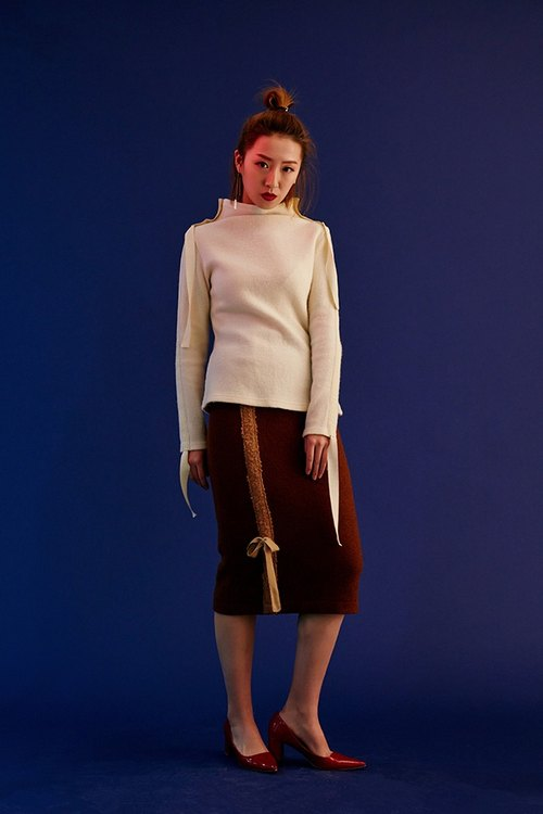 White half-collar temperament wool knit jacket drawstring lazy