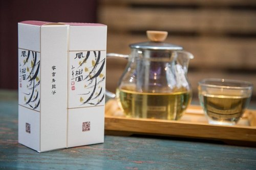 [Carefully selected, hand-picked Taiwan oolong tea] honey