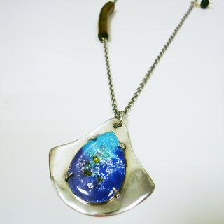 Snow of Snow Spring Necklace Silver Spring enamel necklace