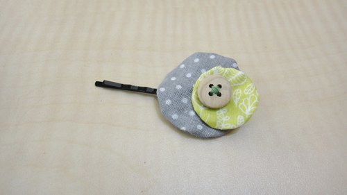 Size round hairpin - gray water jade and green leaves