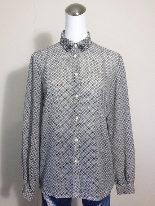 Ping-pong vintage [vintage shirt / hug empty black and white checkered vintage lace collar shirt] abroad back to quality selection VINTAGE