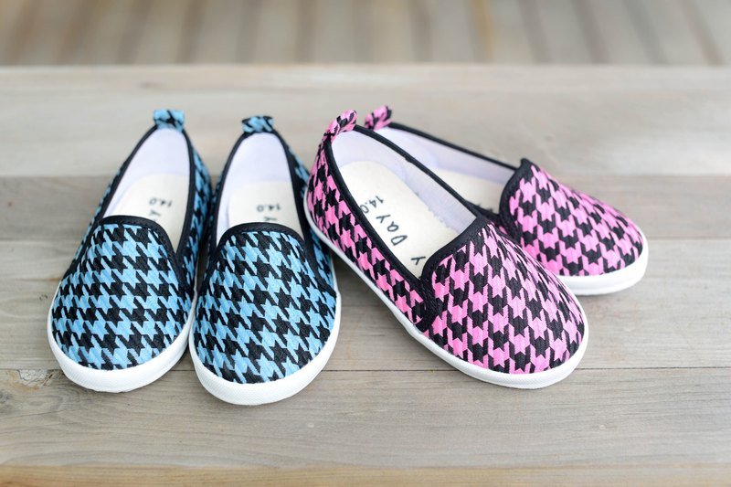 """Baby Day"" totem classic houndstooth paternity shoes / playful pink shoes paternity shoes"