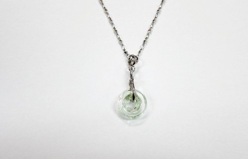 [33 small things - Tibetan incense] bottle glass donut / steel chains (green)