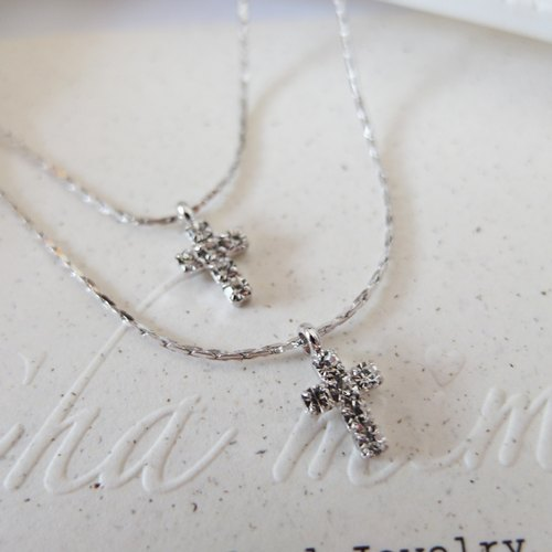 Cha mimi. Taste of autumn. Double-cross diamond silver short chain