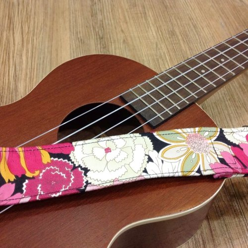 [Blossoming] Ukulele strap finished * 1