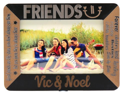 Customized carved wooden photo frame (4R photo) - Long live the friendship theme x personalize