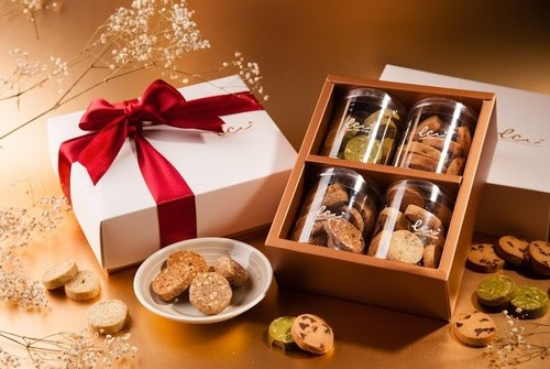 Handmade biscuit boxes