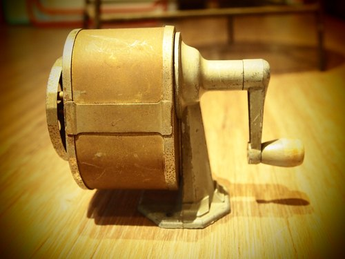 60-70 American antique pencil sharpener