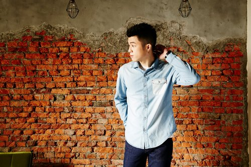 Stitched jean/denim shirt (light blue)