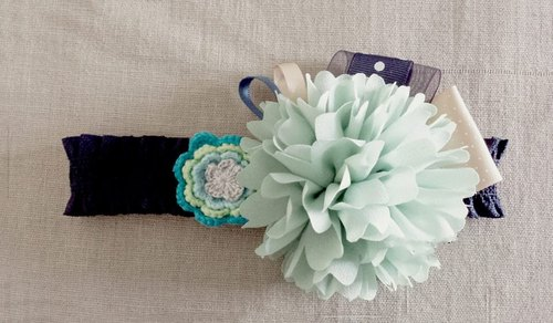 Handmade light green flower baby/kid headband