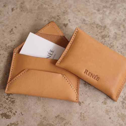 """RENÉE"" Original X Nature, vegetable tanned leather carving, modeling envelope card holder pale yellowish brown"