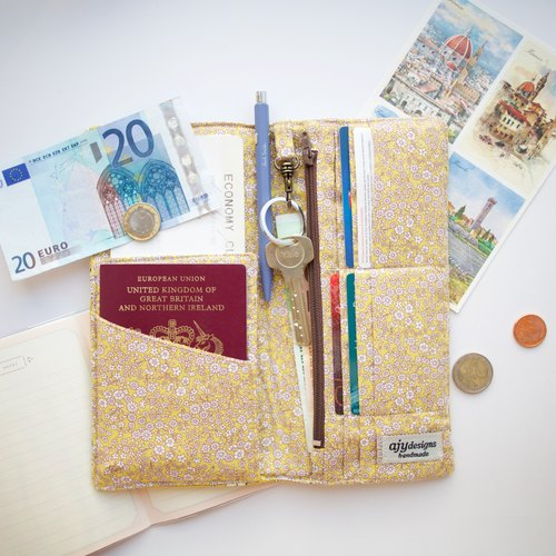 PP11- Functional fabric travel wallet