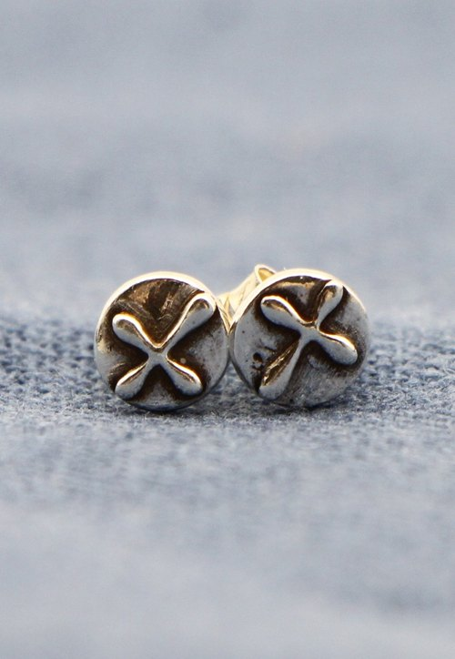 Cross. Silver Earrings