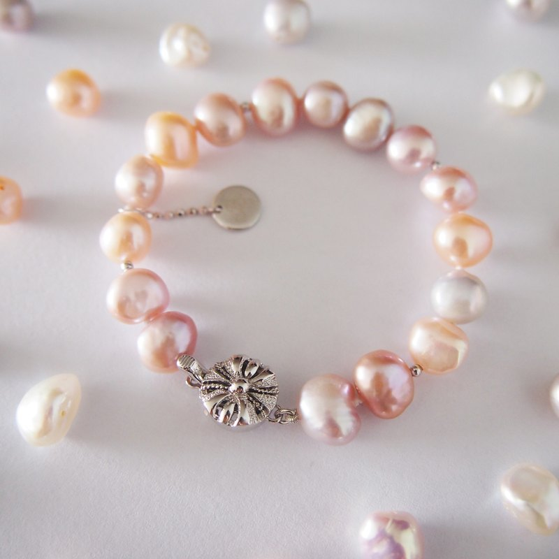 Pink Nature Color Freshwater Keshi Pearl with Japaness made Flower Clasp Bracelet | 925 Silver