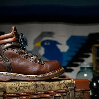 Vintage British retro brown 5-hole Dr. Martens steel toe work boots